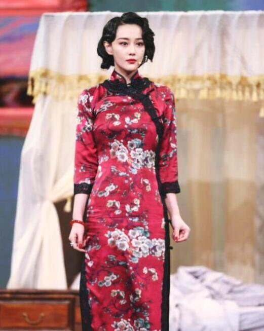 张馨予,旗袍