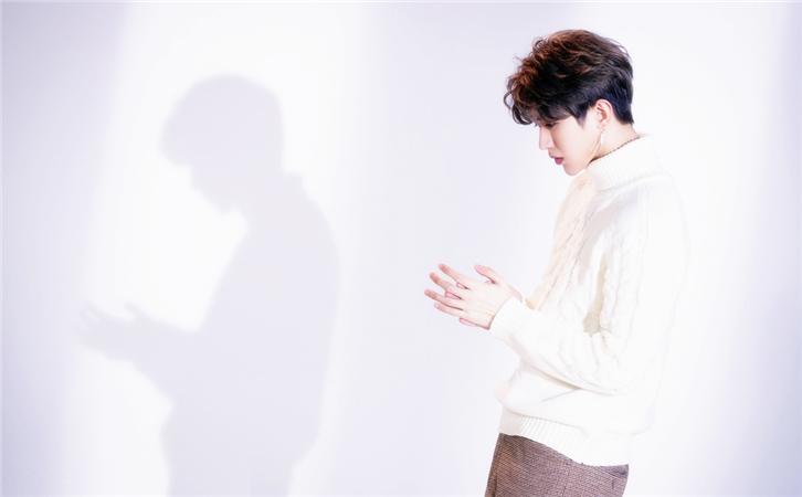 蔡徐坤新歌《没有意外》上线,听完歌词绝对惊艳!1