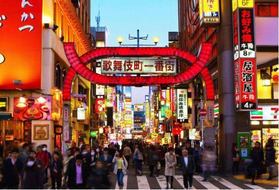 """日本最大的""""红灯区"""":东京歌舞伎町一条街"""