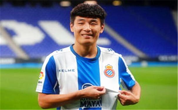 武磊赛场表现日渐攀升,给中国足球长脸了!4